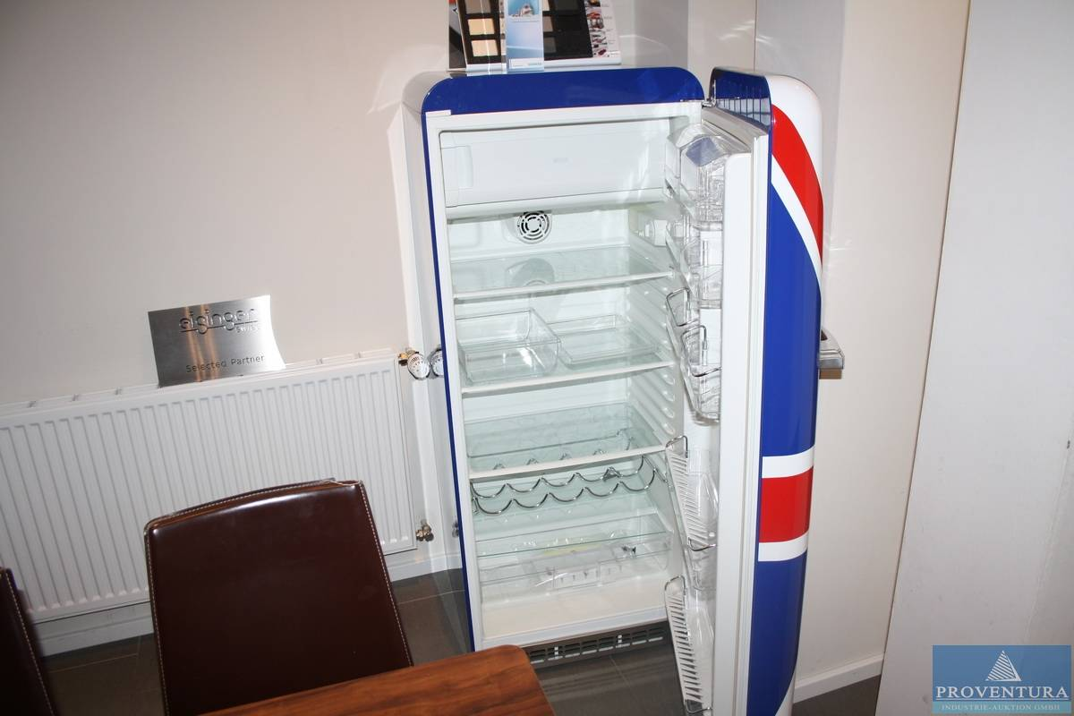 Smeg Retro Kühlschrank Preis : Retro kühlschrank smeg fab28uj6 proventura online auktion
