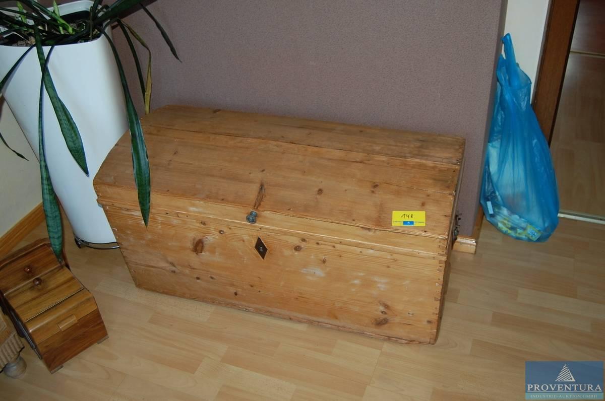 truhe proventura online auktion. Black Bedroom Furniture Sets. Home Design Ideas
