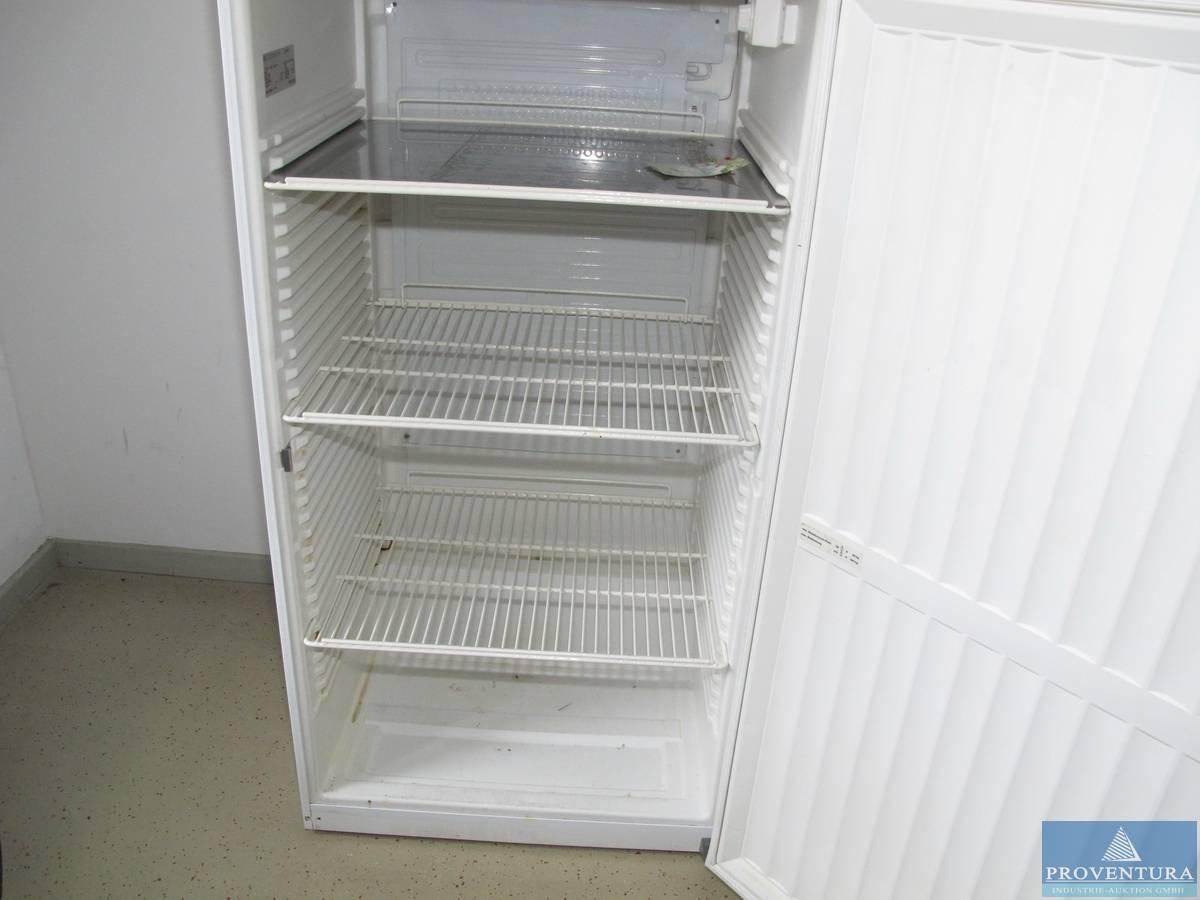 Gewerbe-Kühlschrank LIEBHERR FKS 5000-1 | Proventura Online-Auktion