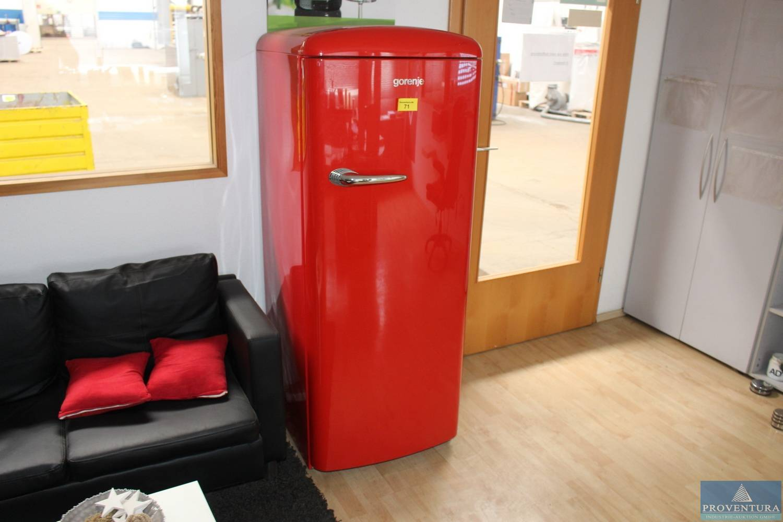 Gorenje Kühlschrank In Betrieb Nehmen : Die farbpalette der gorenje retro collection macht die küche zum