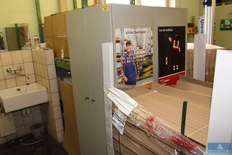 Spindschränke ca. 50x180 cm | Proventura Online-Auktion